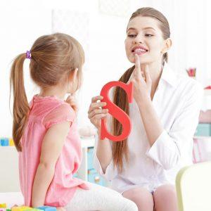 Estudiar máster en logopedia y trastornos del habla