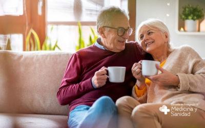 ¿En qué se diferencia la gerontología de la geriatría?
