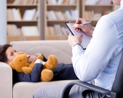Cursa el Máster en Psicología Infantil + Atención Temprana