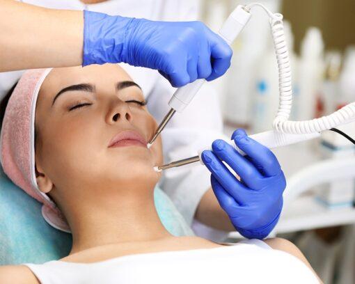 Estudiar el Máster en Medicina Estética y especializarse en la aplicación de tratamientos faciales y corporales