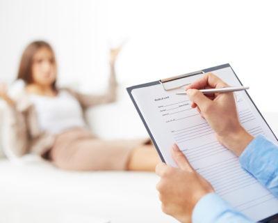 Fórmate con el Máster en Psicología Hollística online o a distancia
